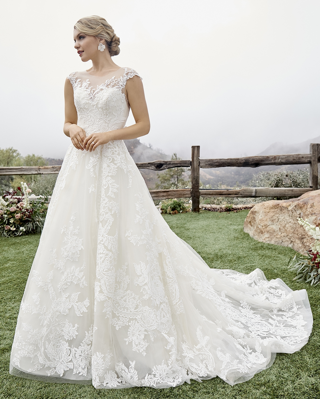 casablanca-bridal-gown-04.jpg
